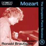 Mozart – Complete Solo Piano Music – Volume 5 | BIS BISCD839